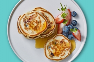 strawberry-and-blueberry-mini-pancakes_overhead-SQ